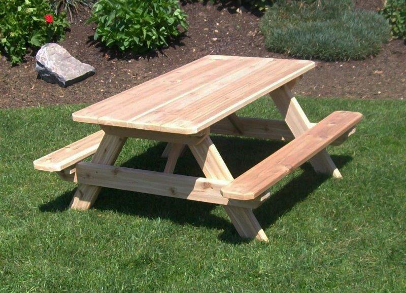 Kids' Picnic Table With Attached Benches In Cedar